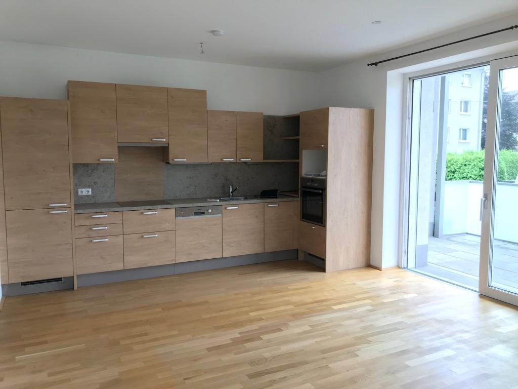 3-Zimmer Wohnung im Zentrum von Steyregg mit großem Balkon und Kfz-Stellplatz 4221 Steyregg, Etagenwohnung